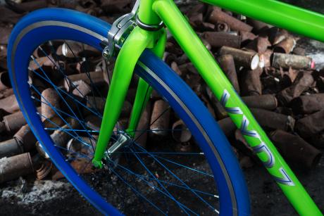 Striking Green detail 1
